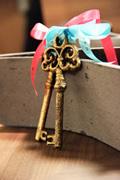 gift-key-sumi.jpg