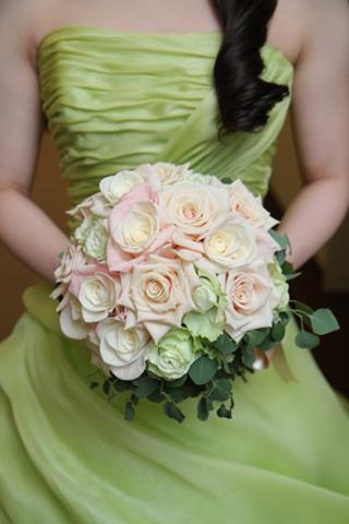 bouquetup-white.jpg